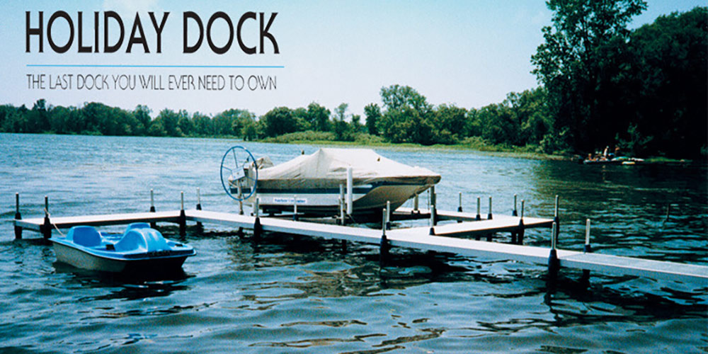 Holiday Dock - Great Lakes Ace Hardware Store
