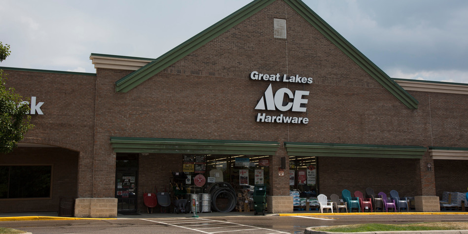 Milford - Great Lakes Ace Hardware Store