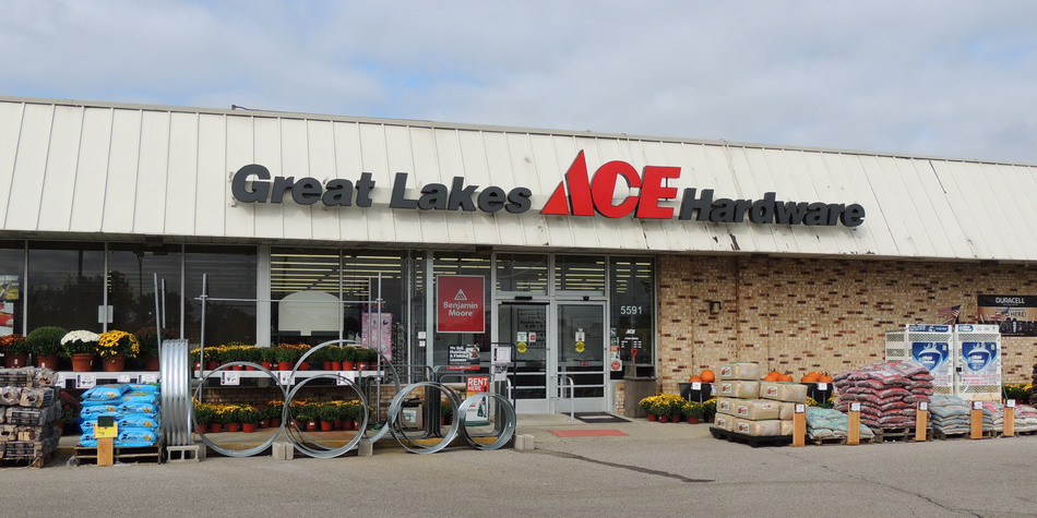 Clarkston - Great Lakes Ace Hardware Store