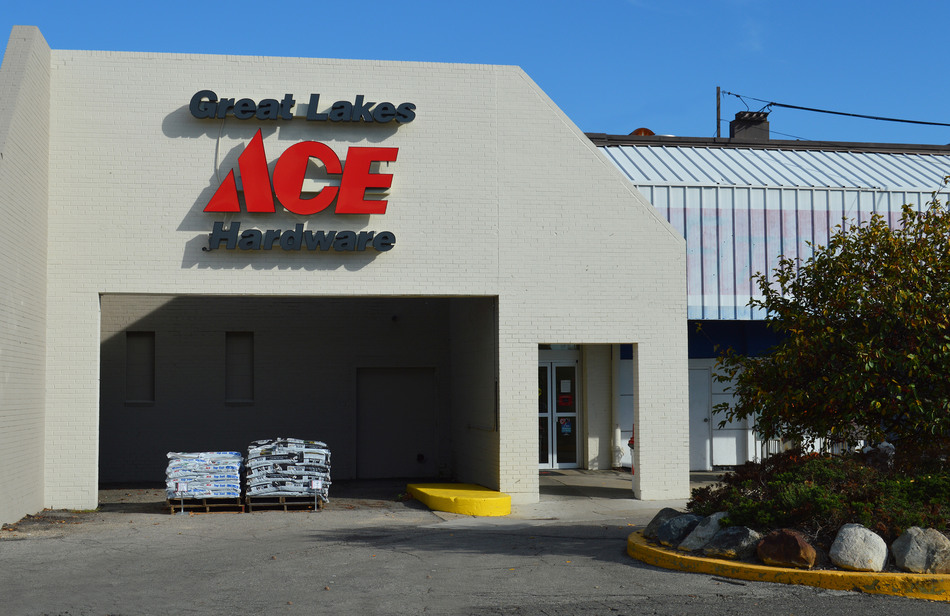 Lincoln Park - Great Lakes Ace Hardware Store