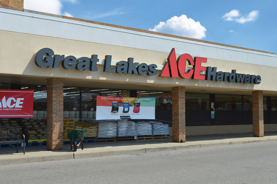 Lansing - Great Lakes Ace Hardware Store