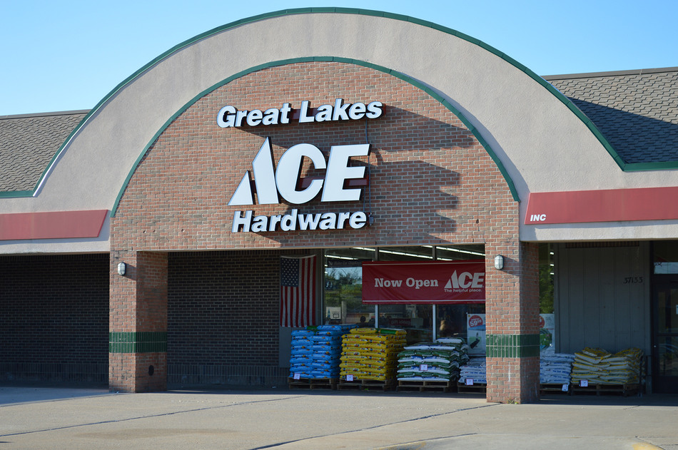 Livonia (Six Mile) - Great Lakes Ace Hardware Store