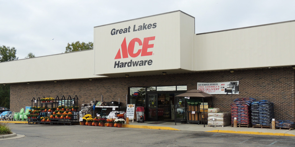 Holly - Great Lakes Ace Hardware Store